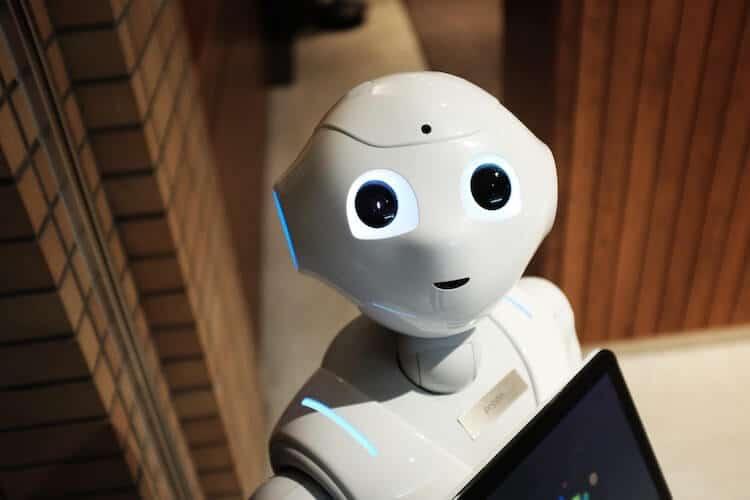 Come mai CRM e intelligenza artificiale sono degli ottimi compagni di squadra?