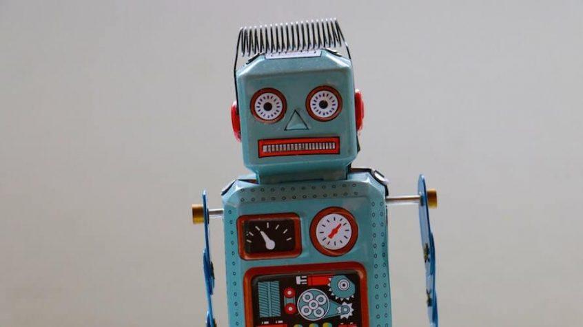 Intelligenza Artificiale e chatbot offrono nuovi modi di fare relazioni