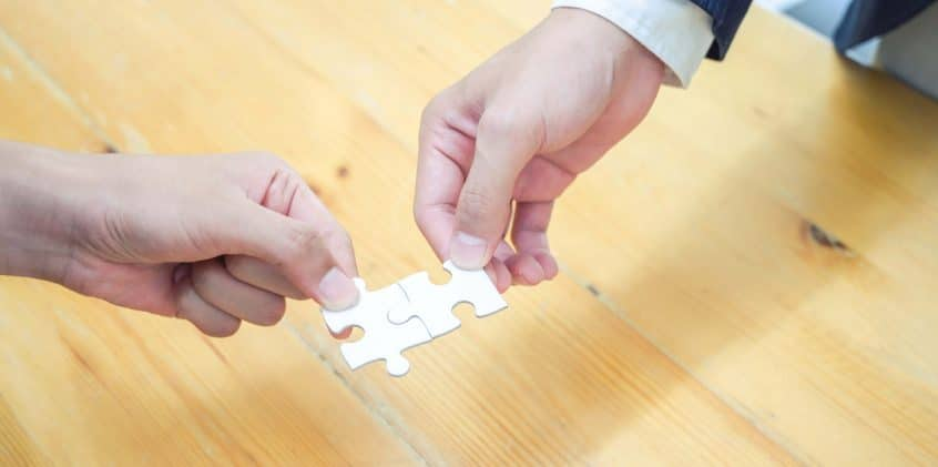 Due pezzi di un puzzle che si uniscono: CRM e Marketing Automation